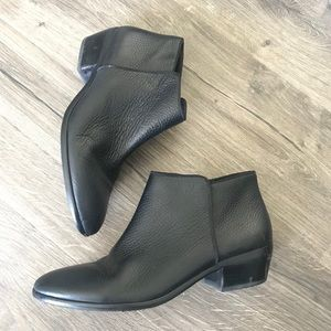 Sam Edelman petty bootie ankle boot black leather